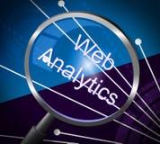 Mezzi di analisi dei dati di web che ingrandicono ricerca ed informazioni Immagine Stock