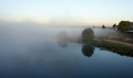 mgła nad rzeką Fotografia Stock
