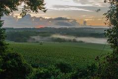 Mgła przy wschód słońca zdjęcie royalty free