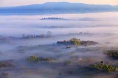 Mgła w ranku wschodzie słońca przy Khao Takhian Ngo widoku punktem przy Kh fotografia royalty free