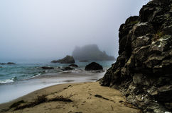 Mgłowy wybrzeże Fotografia Royalty Free