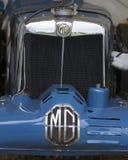 Mg, embleem op klassieke sportwagen Stock Afbeelding