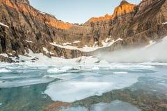 Mgła nad Góra lodowa jeziorem, lodowa park narodowy Fotografia Stock