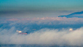 Mgłowy niedziela rano obraz royalty free