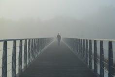 Mgłowy spacer Zdjęcie Stock