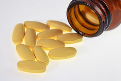 500 mg-tablet van vitamine voor behandeling Royalty-vrije Stock Afbeeldingen
