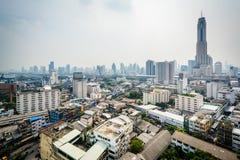Mgławy widok Ratchathewi okręg w Bangkok, Tajlandia Zdjęcie Stock