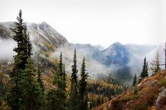 mgliste góry Obrazy Royalty Free