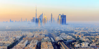 Mglisty Dubaj ranek Fotografia Royalty Free