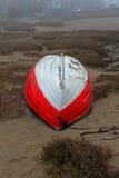 Mglisty ranek, Alnmouth plaża, Northumberland zdjęcie stock