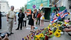 MH17难忘的纪念品,荷兰(基辅)的使馆, 股票视频