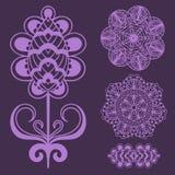Mhendi indio decorativo ornamental del arabesque de Paisley del modelo del diseño del garabato de la flor del mehndi del marrón d Foto de archivo libre de regalías