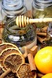 Miód i suche pomarańcze zdjęcia royalty free