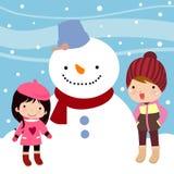 Miúdos com boneco de neve Foto de Stock