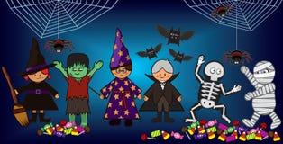 Miúdos de Halloween Imagens de Stock