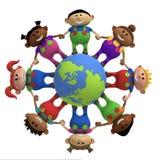 Miúdos em torno das mãos da terra arrendada do globo Imagens de Stock Royalty Free