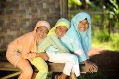 Miúdos felizes ao ar livre Imagem de Stock