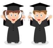 Miúdos graduados felizes Imagens de Stock Royalty Free