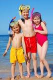 Miúdos na praia Imagens de Stock Royalty Free