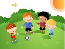 Miúdos que jogam - futebol ilustração royalty free
