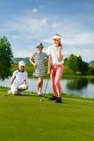 Miúdos que jogam o golfe Imagem de Stock Royalty Free
