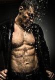 Mięśniowy seksowny facet obrazy stock