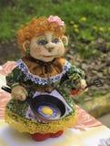 Miękka handmade lala z smaży niecką obrazy stock