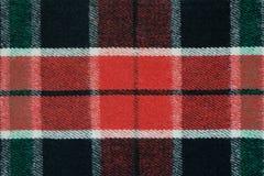 Miękka w kratkę wełny koc Zielona i czerwona szkockiej kraty tekstura, makro- strzał Wełny szkockiej kraty wzór Textured nawierzc Obraz Royalty Free