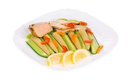 Mięsna sałatka z warzywami z bliska obraz stock