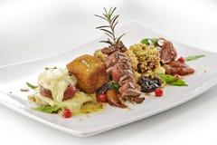 Mięsny naczynie, różnic stek doprawiający sześciany, piec na grillu, breaded, Zdjęcia Royalty Free