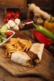Mięsny opakunek z Palcową grulą obrazy stock