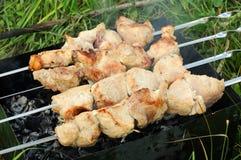 Mięso smażący na brązowniku Obrazy Royalty Free