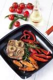 Mięso z warzywami obraz stock