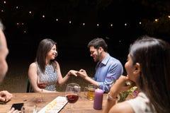 Miłość I przyjaźń W Doskonalić koegzystencji obraz stock
