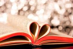 Miłość książki Zdjęcia Royalty Free