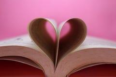 Miłość kształt książką obraz stock