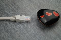 Miłość na myszy stuknięcie - Online datowanie obrazy stock
