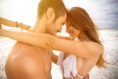 miłość pary się uśmiecha zdjęcie stock