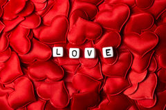 Miłość Pisać na maszynie Z kostka do gry na sercach fotografia royalty free
