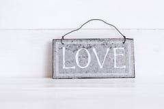 Miłość pisać na metalu talerzu Obraz Royalty Free