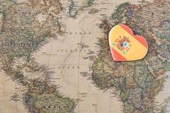 Miłości Hiszpania pojęcia serce na mapie obrazy stock