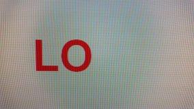 ` miłości ` pisać na maszynie na ekranie komputerowym w zakończeniu up zdjęcie wideo