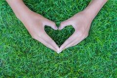 Miłości, walentynki ` s dzień, i światowy ziemskiego dnia pojęcie fotografia stock