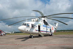 Mi-26 de la compañía Vertical-T Imagen de archivo