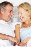 Mi couples d'âge Photos stock
