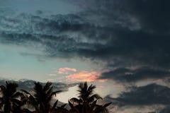 Między chmurami i morzem Zdjęcie Royalty Free