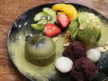 Miękka chewy zielonej herbaty lawy zielonej herbaty, torta lody porcja z i, dla Zdjęcia Stock
