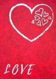 Miłość i tylko miłość na czerwonym tle zdjęcia stock