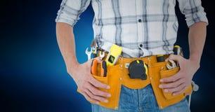 Mi section de bricoleur avec la ceinture d'outil autour de sa taille Illustration de Vecteur