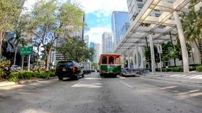 MIAMI - ABRIL DE 2018: Tráfico en la ciudad céntrica Miami atrae 20 Imagen de archivo